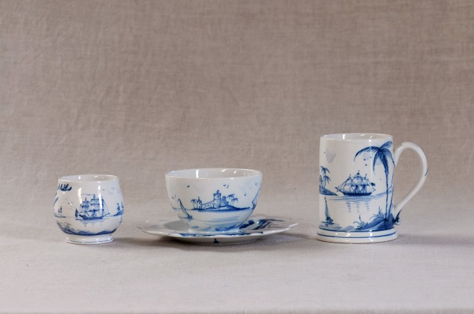 Caudle cup without handle, teacup and saucer and small mug in Blue